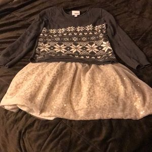 Beautiful gently used holiday outfit
